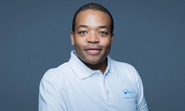 10. Douglas Mbiandou (Objis) | Faire de l'Afrique le premier fournisseur de développeurs au monde (#10000codeurs)